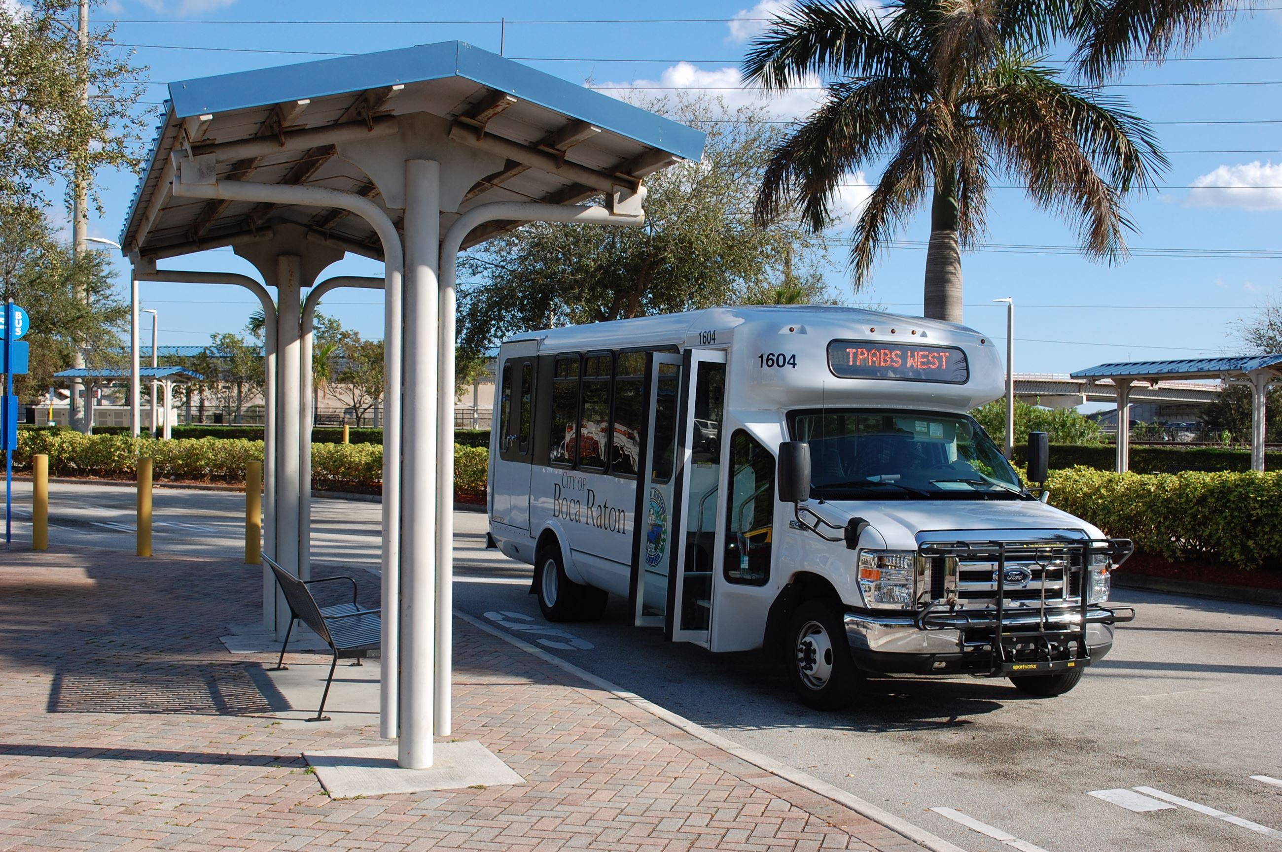 TPABS West shuttle waiting for passengers at the Tri-Rail station